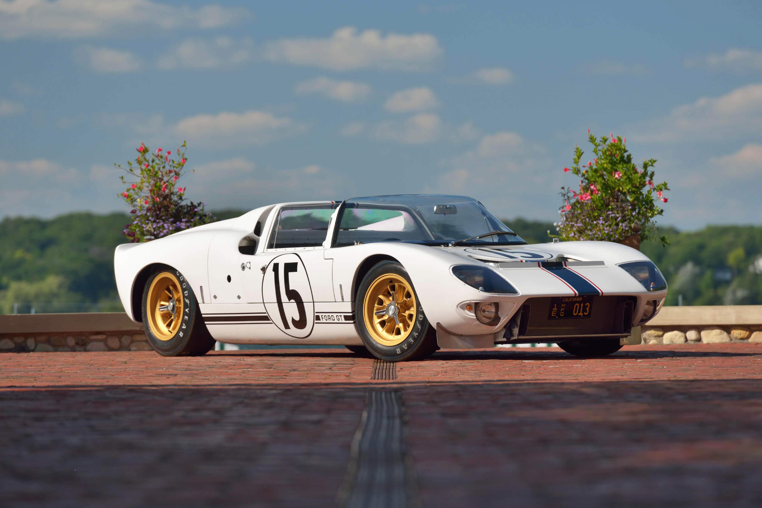 1965 Ford Gt Competition Prototype Roadster Mecum Gallery